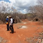 Reconnaissance dans le secteur du Dancing Spot au Botswana. Un campement abandonné (c)MJ.