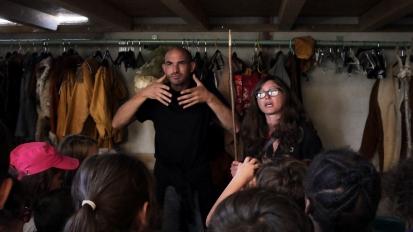 Aurélie nous explique tout sur les armes ! (c) AJCA