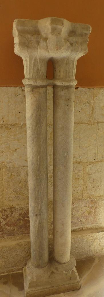 Colonnes géminées conservées au musée des Jacobins, Auch (c) GAAMA