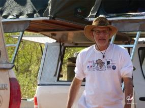 Namibie, Aha Hills. Le matin au camp de base, Francis (c) M. Jarry.