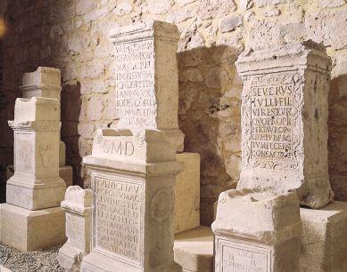 Autels tauroboliques du musée Archéologique de Lectoure