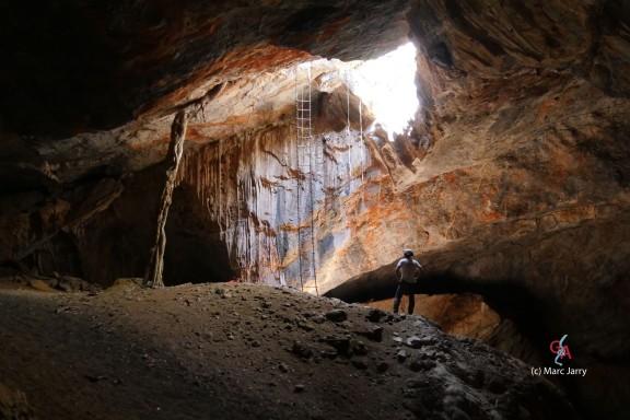 Nosib Cave (c) M. Jarry